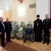 З Чикаго передали у військовий госпіталь Києва інвалідні візки та милиці