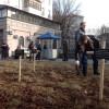 Перед посольством РФ встановили хрести з іменами загиблих в Маріуполі