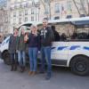 Французькі студенти привезли до Києва дві машини швидкої допомоги