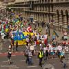 У Варшаві відбувся потужний парад вишиванок