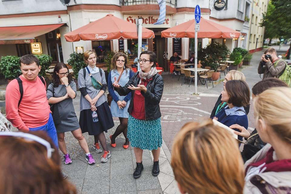 Фото Тараса Ковальчука (Олександра проводить екскурсію українськими місцями Берліна)